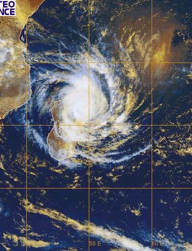 Madagascar frappé par le cyclone Ivan Meteo_12