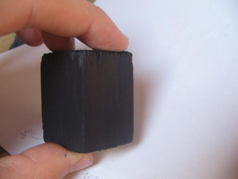 Astuce pour les socles noirs Img_0012