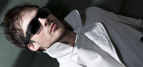 Milo Marciano || Sûrement le professeur le plus sexy de JP 1910