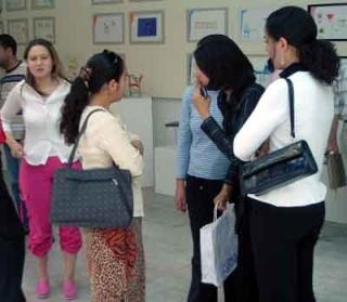 ملتقى الشراكة والتعاون بين المؤسسات الجامعية والاقتصادية 2004 (isamk) Achraf10