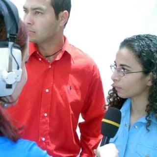 ملتقى الشراكة والتعاون بين المؤسسات الجامعية والاقتصادية 2004 (isamk) Amira10