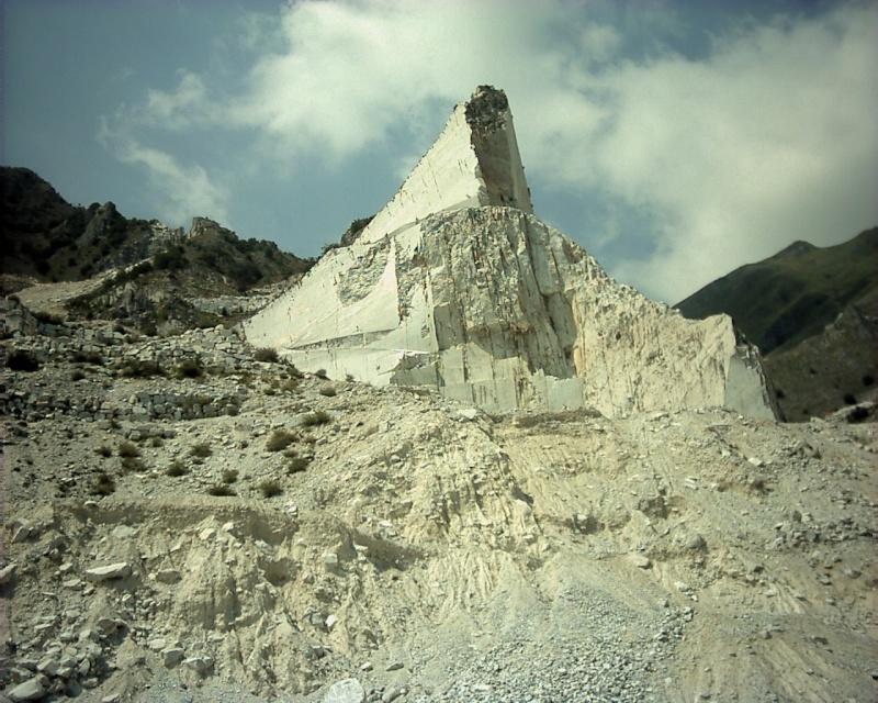 Marbre Blanc de Carrare, Toscane, Italie. 43882210