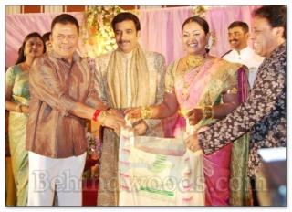 Actress Vindiya Wedding Reception Vindiy11