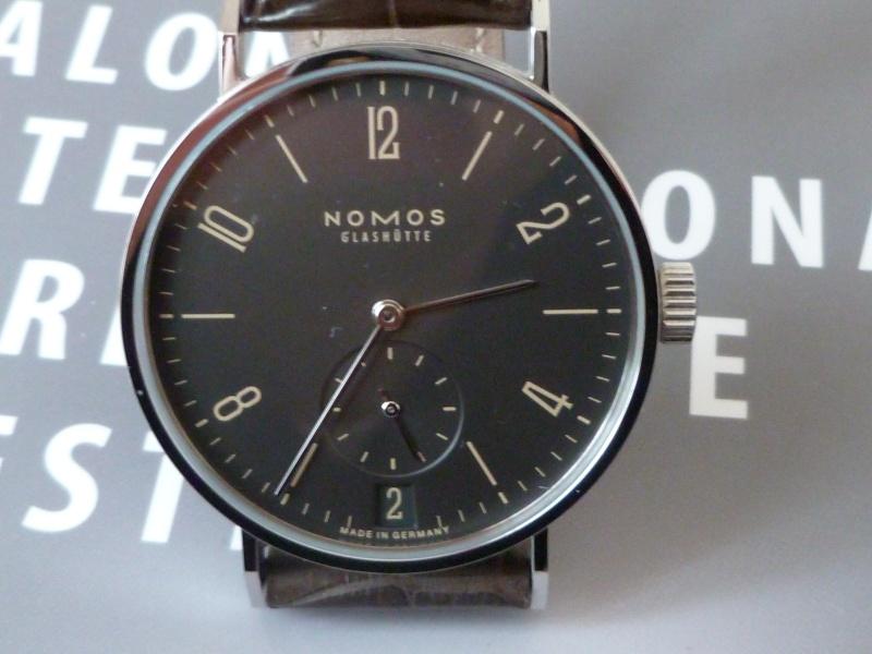Questions à propos des mouvements Nomos P1000012