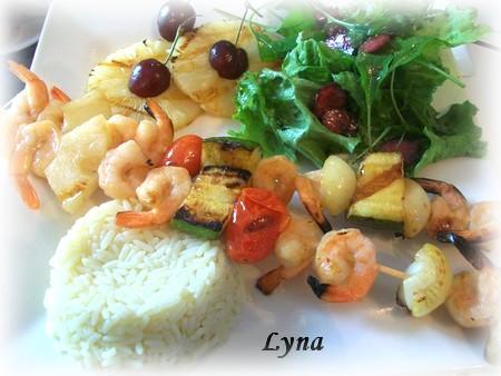 Brochettes de crevettes à l'ananas Crevet11