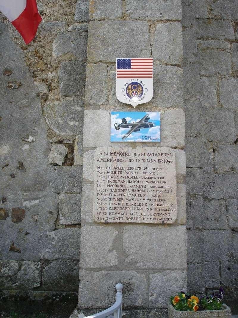 A la mémoire du 8th AIR FORCE - 389th BOMB. GROUP Bouvil10
