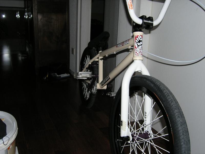 Photos de vos bikes,c'est ici! - Page 2 P1050014