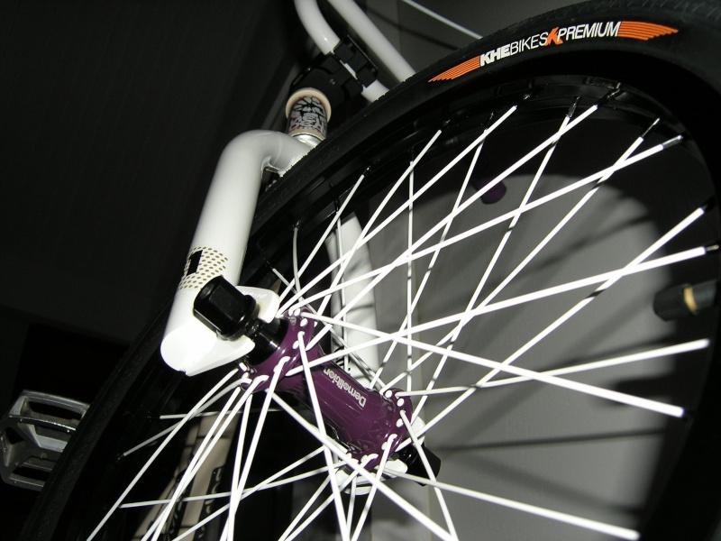Photos de vos bikes,c'est ici! - Page 2 P1050016