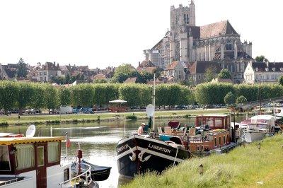 Cette si jolie ville d'Auxerre! A2a-4311
