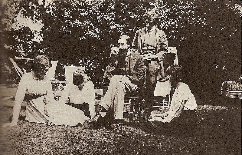 Virginia Woolf, la vie intime des pensées.  800px-10