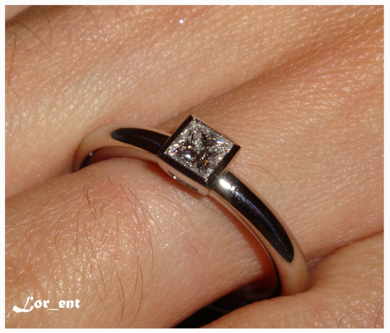 Un cadeau parfait :  Rolex Oyster Perpetual 116000 Blue Dial Dsc04015