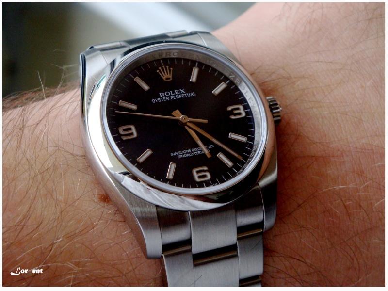 Un cadeau parfait :  Rolex Oyster Perpetual 116000 Blue Dial Dsc04210