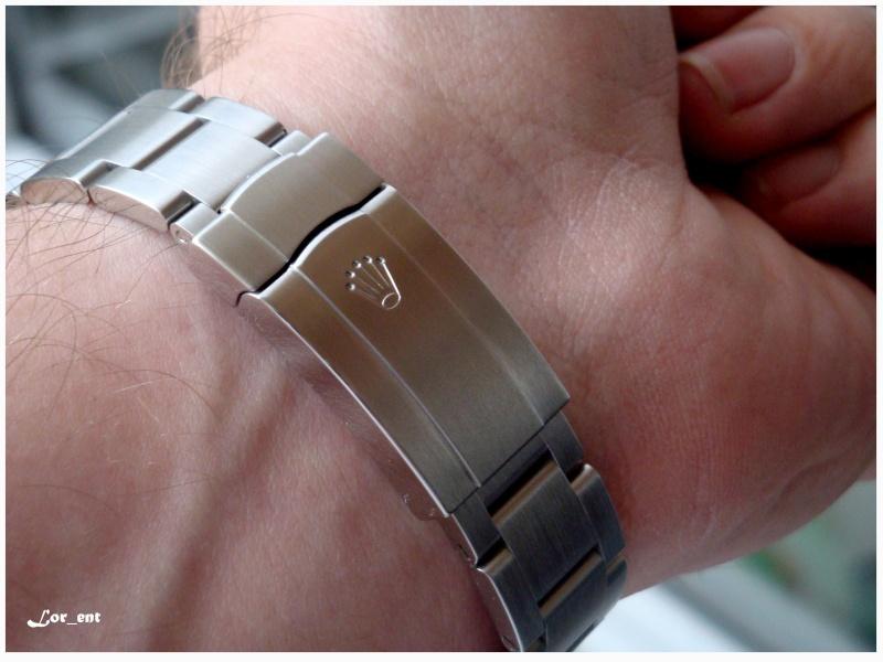 Un cadeau parfait :  Rolex Oyster Perpetual 116000 Blue Dial Dsc04214