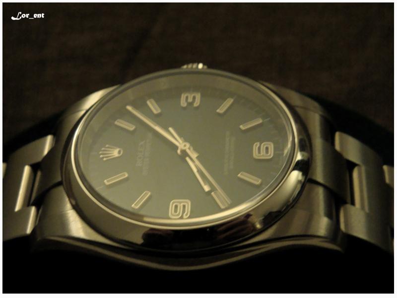 Un cadeau parfait :  Rolex Oyster Perpetual 116000 Blue Dial Dsc04217