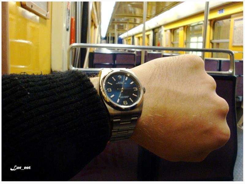 Un cadeau parfait :  Rolex Oyster Perpetual 116000 Blue Dial Dsc04218