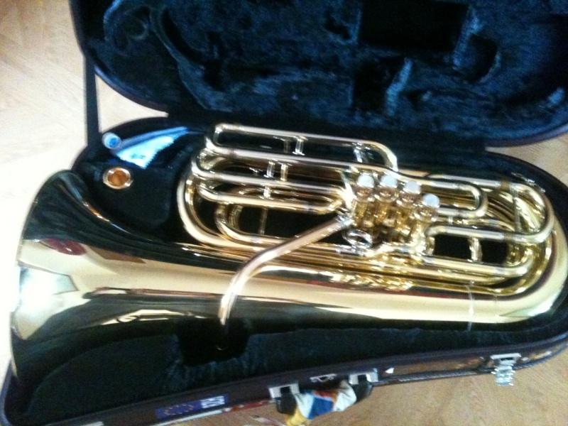 Vend Tuba Sib - Yamaha YBB 621  Img_0012
