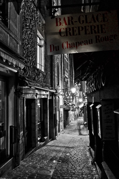 Mont Saint Mich' by night: Rue Principale(+ajout Lundi 23). Montby17