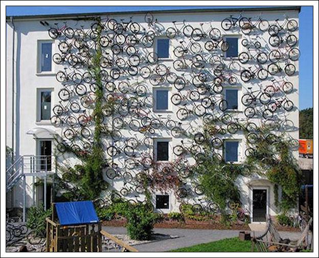 Un muro di biciclette Muro-d10