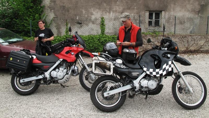 Et les monos GS, Scarver, Funduro, Strada...... - Page 5 Img_2734
