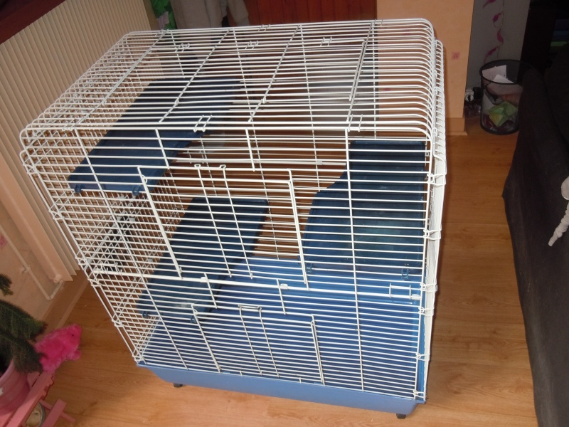 vends grande cage pour chinchillas,furet ou gros ratoux (78) Dscn0923