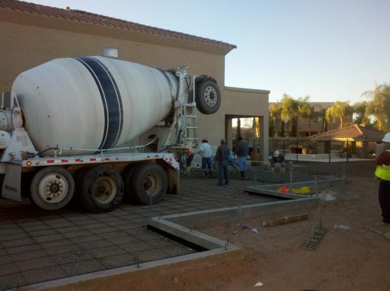 New Garage - Lift Installed 2011-019