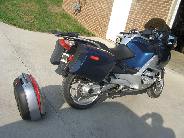 Pictures BMW R1200RT with Shad Cases 48908710