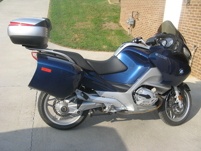 Pictures BMW R1200RT with Shad Cases 48908711