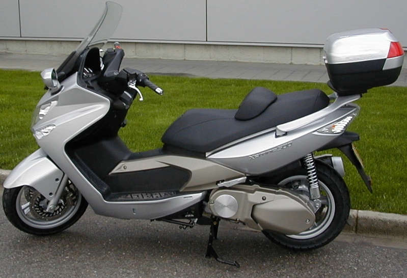 Pictures Kymco Xciting with Shad Motorcases 55st10