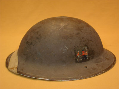 WW II Canadian Helmets - Page 2 Casque10