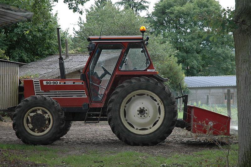 Photos / Vidéos de machinismes agricole  800px-11