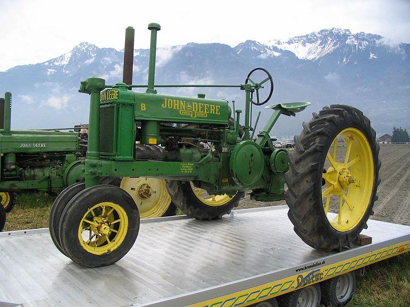 Photos / Vidéos de machinismes agricole  800px-14
