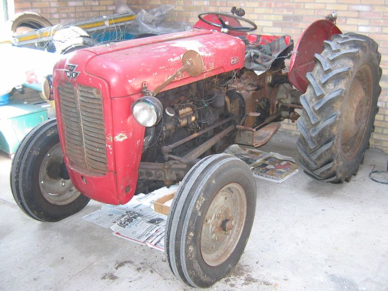 Photos / Vidéos de machinismes agricole  Fergus10