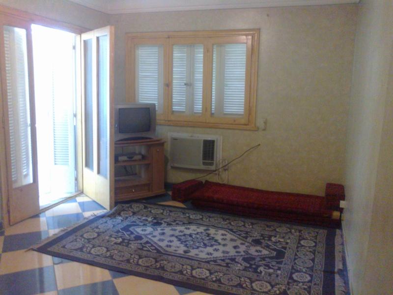 شقة لوكس  للإيجار مفروش 3 تكيف شارع الشرطة  - المعمورة الشاطيء  04062012