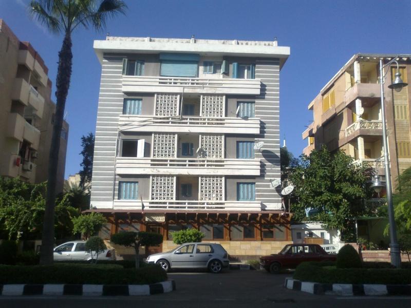 شقة لوكس للإيجار مصيف  160 متر الدور الإول علوي تطل علي شارع النصر – المعمورة الشاطيء  23112010