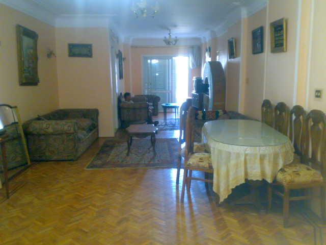 شقة سوبررررر لوكس للبيع في شارع سيف وائلي مساحة 140 متر فررررصة Uuuuuu17