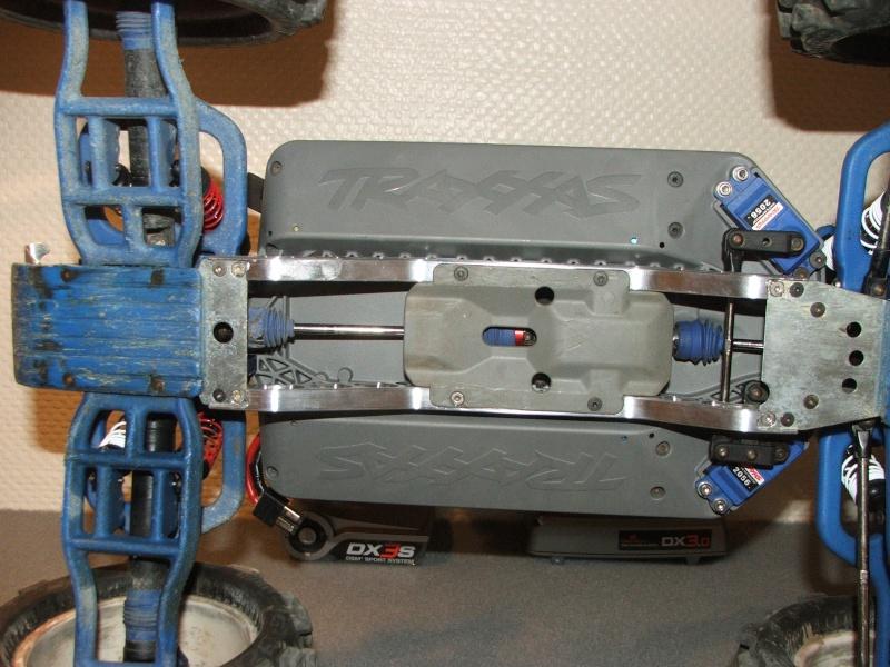 E-Maxx 3905 Brushless MMM, RollCgae, vidéos, etc..... Dscf6920