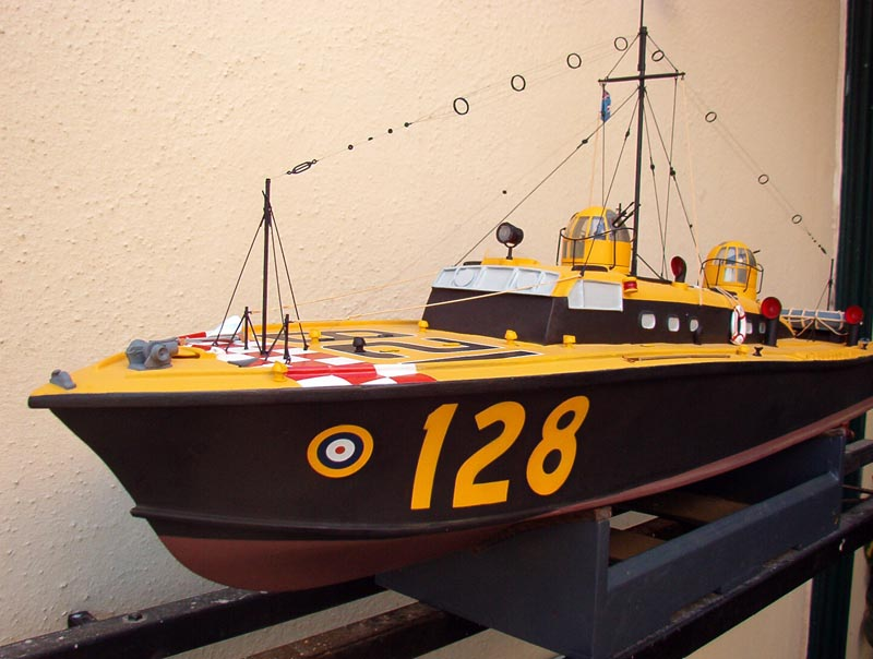 Dean's Marine 1/24 Rescue Launch 128 Boat110