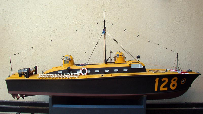 Dean's Marine 1/24 Rescue Launch 128 Boat210