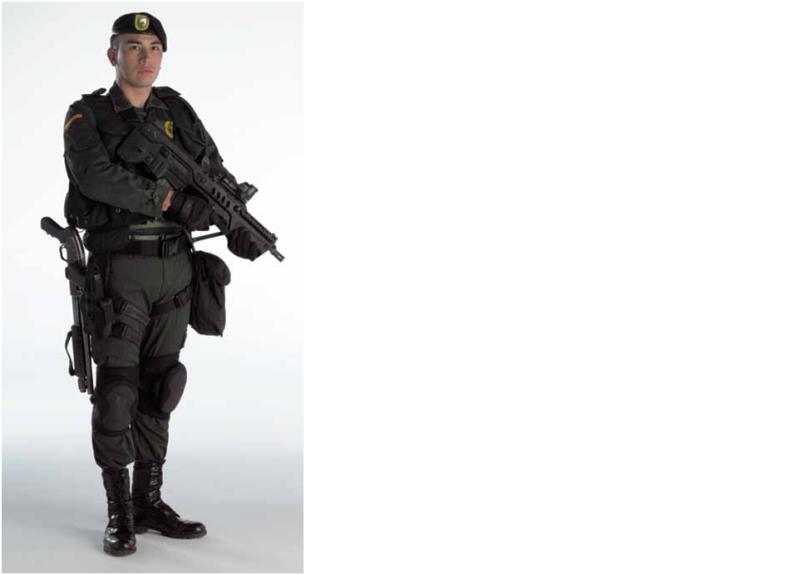 Armée Colombienne / Military Forces of Colombia / Fuerzas Militares de Colombia - Page 2 User_110