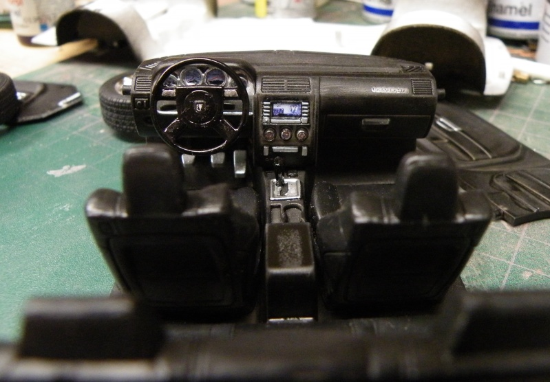 Dodge Challenger SRT8  Challe14