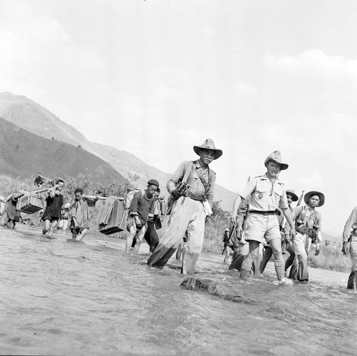 soldats des colonies Tonk-512