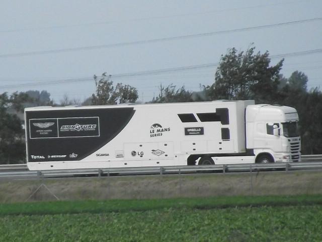 Camions courses Dscf1214
