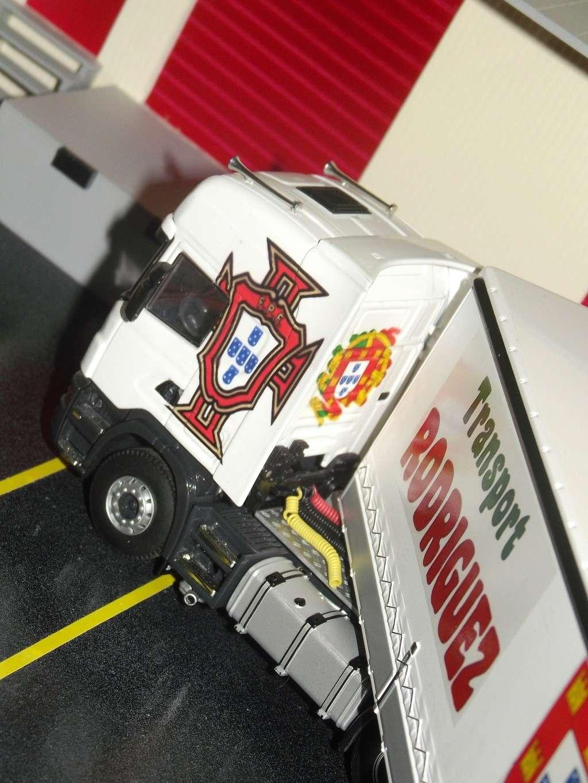 Miniatures camions 1/50 et 1/43 de David 36. Scania17