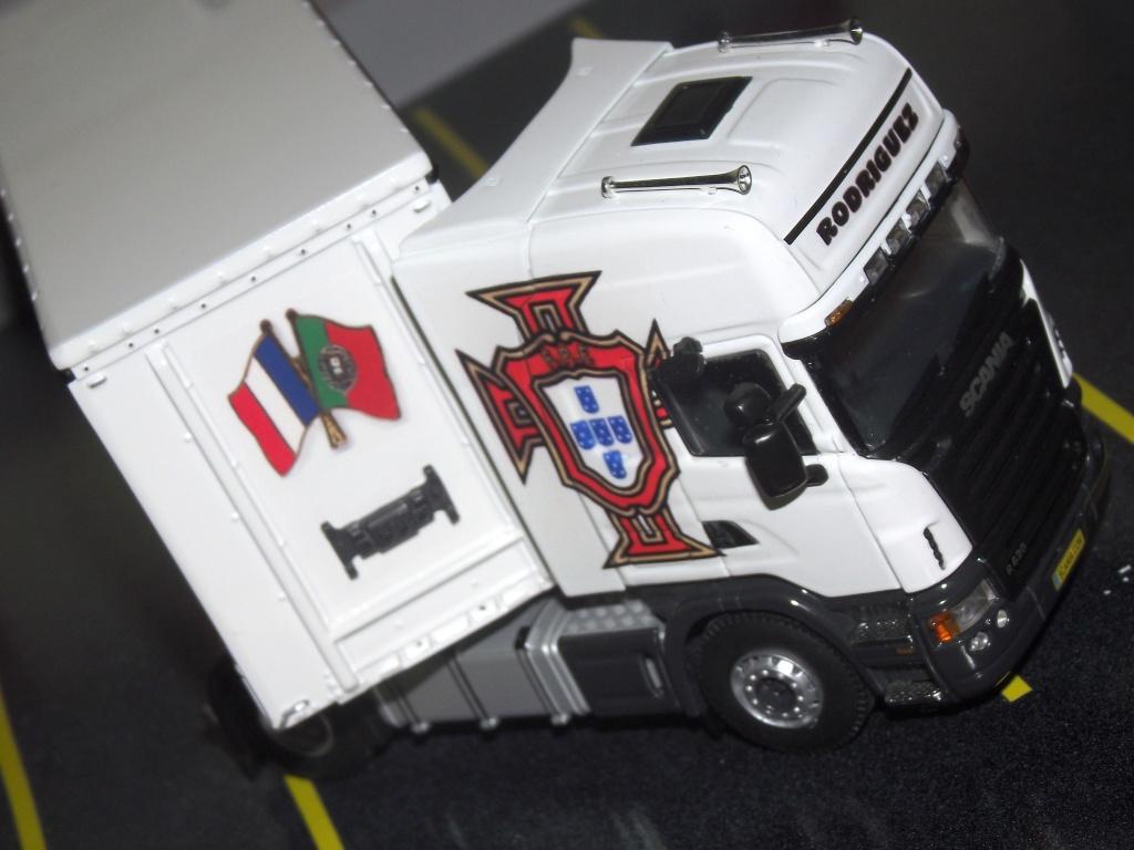 Miniatures camions 1/50 et 1/43 de David 36. Scania19