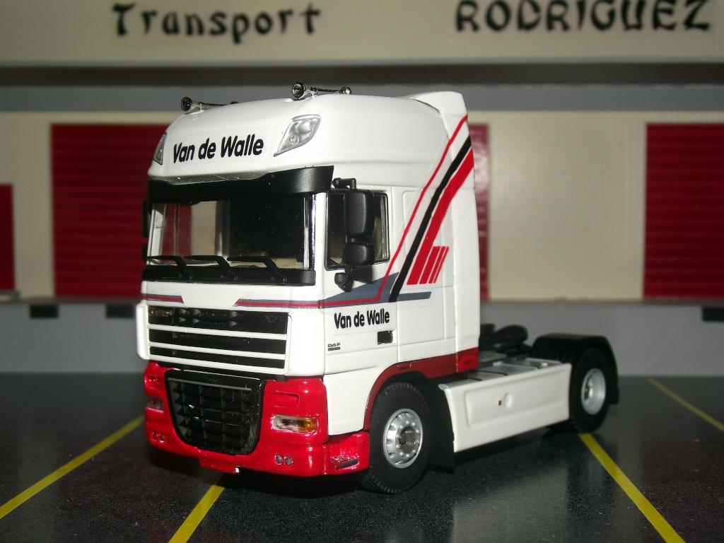 Miniatures camions 1/50 et 1/43 de David 36. Van_de10
