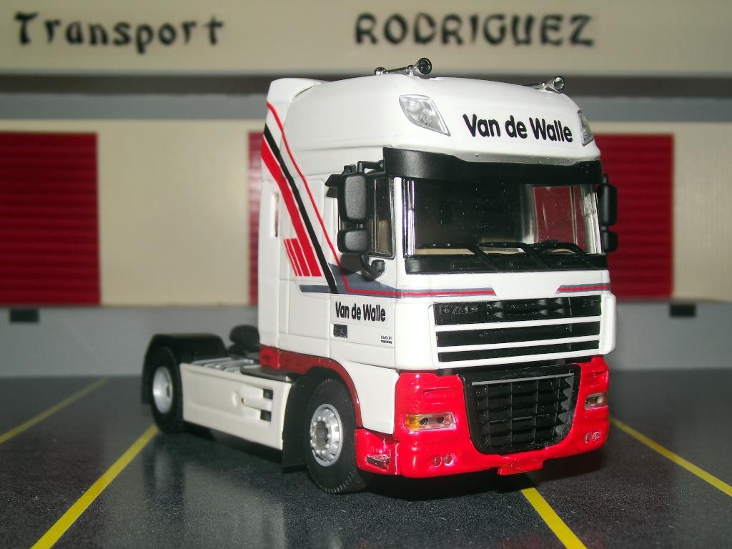 Miniatures camions 1/50 et 1/43 de David 36. Van_de11