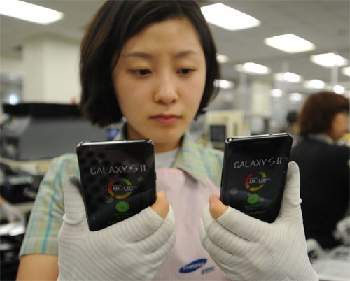 Three million Samsung Galaxy S II units already requested by carriers worldwide Sgs2-t10