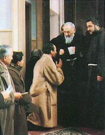 Padre Pio thaum ua neej nyob 87yh510
