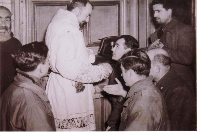 Padre Pio thaum ua neej nyob A8tw010