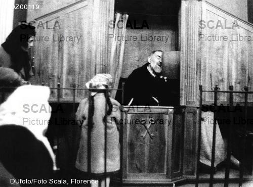 Padre Pio thaum ua neej nyob Dz001110
